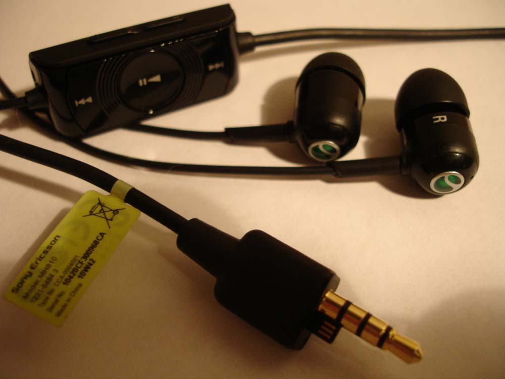 Гарнитура Sony Ericsson XPERIA X8
